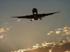 aircraft-464296_1280