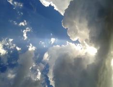 sky-651603_1280